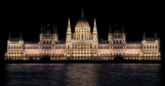 Transuniverse Hungary